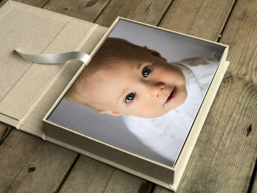 tavla, barnfotograf, 1-årsfotografering, fotograf ramlösa,