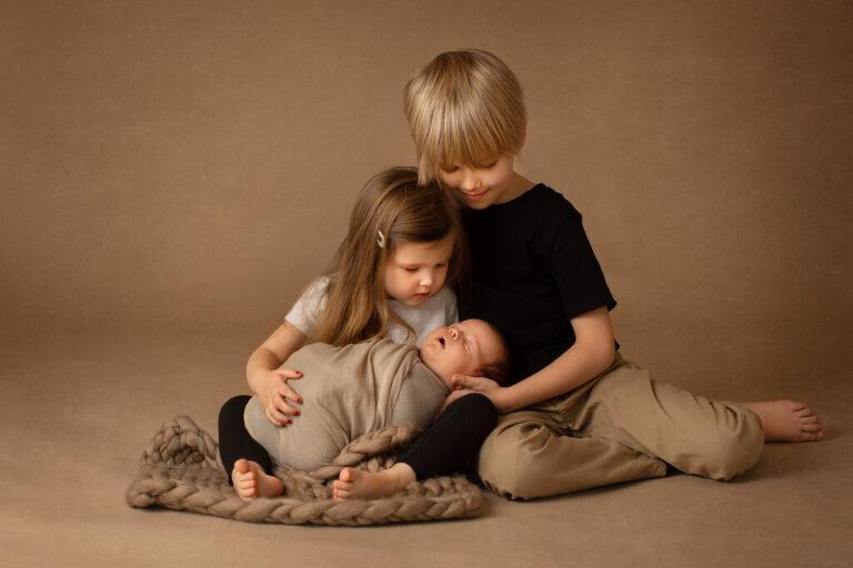 jul, julkort, julporträtt, barnporträtt, syskonporträtt, syskonbild, syskonfotografering, julfotografering, fotografskåne